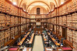 la-grande-sala-dei-manoscritti